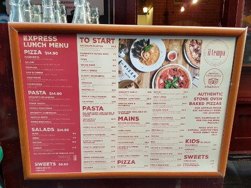 Restaurant-Menü mit Lunch-Specials an der Degraves St in Melbourne