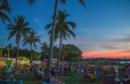 Sonnenuntergang am Mindil Beach in Darwin