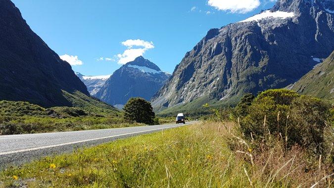 Die Straße zum Milford Sound, Neuseeland