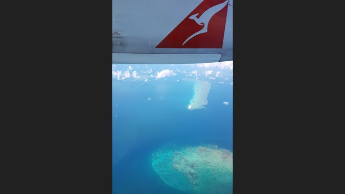 Qantas fliegt übers Great Barrier Reef