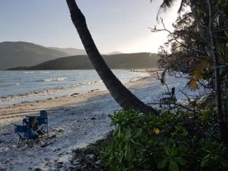 Sonnenuntergang am Strand von Archer Point, Cooktown